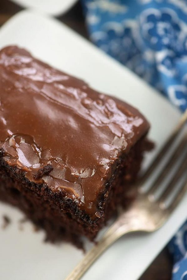 کیک شکلات باترمیلک-با فراستینگ فوج شکلات