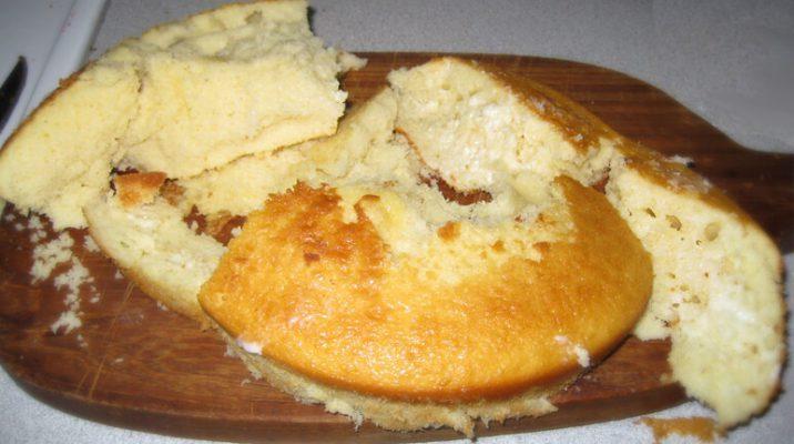 شکستن و خرد شدن کیک
